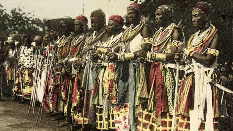 The celebrated female army of Dahomey was also known as the Amazons of King Béhanzin.