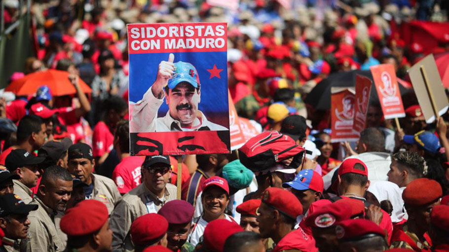 Workers at the nationalized steel plant SIDOR rally in support of President Nicolas Maduro on February 4, 2018. (AVN)