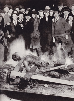 The body of Will Brown after being burned by a white crowd on 28-29 September 1919 in Omaha, Nebraska.