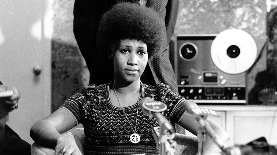 Aretha Franklin at a news conference, March 26, 1973