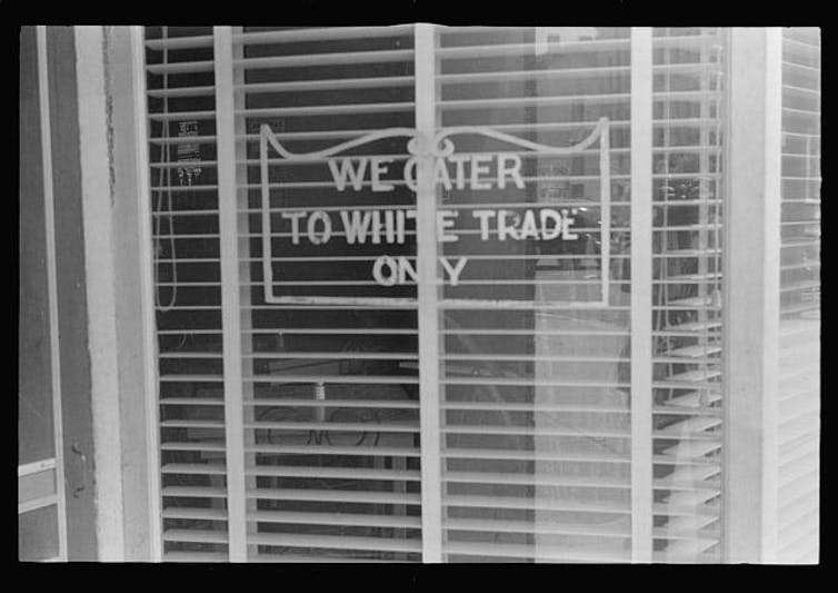 Sign at a restaurant in Lancaster, Ohio, in 1938. Library of Congress/Ben Shahn photo