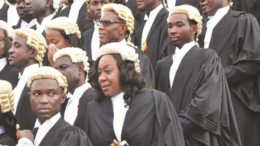 How African courts glorify colonialism with wigs and gowns