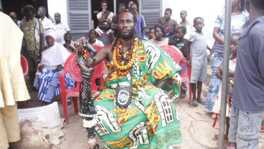 Dr Ọbádélé Kambon installed as a Ghanaian chief