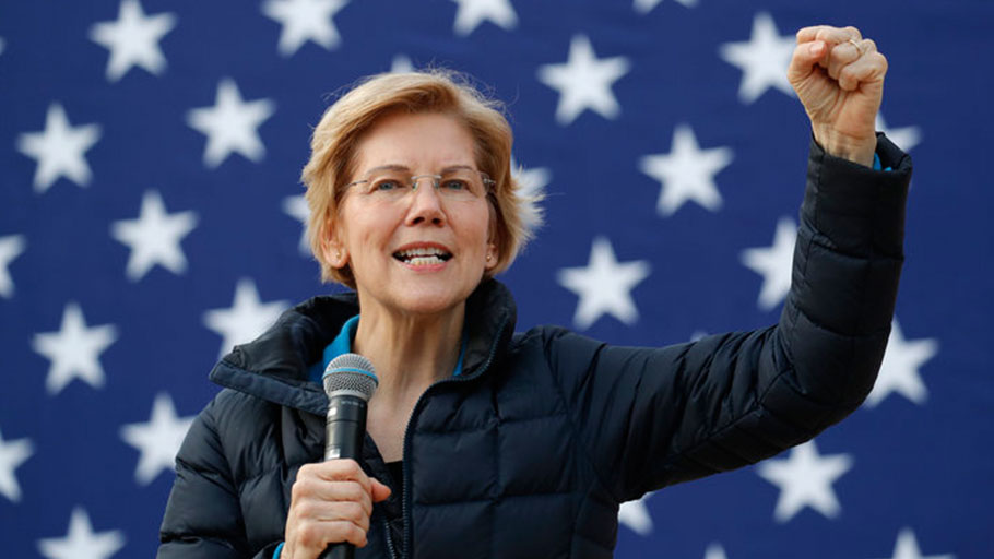 Sen. Elizabeth Warren (D-Mass.) speaks at a campaign event earlier this month in Las Vegas. Warren's record of confronting corporate power has drawn comparisons to Sanders.