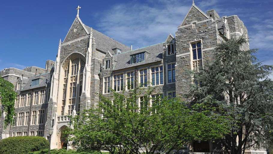 White-Gravenor Hall of Georgetown University is shown.