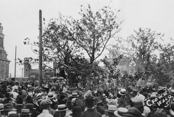 Lynchings happened across the U.S., including the 1916 lynching of Jesse Washington in Waco, Texas.