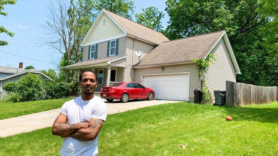 """If there was something to do in this town, this town would prosper, because there's a lot of loyal people here, a lot of good people,"" said Tre Lewis, who lives with his family on Youngstown's south side."