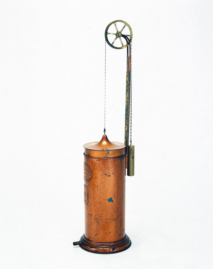 A 19th-century spirometer, used to measure the vital capacity of the lungs.