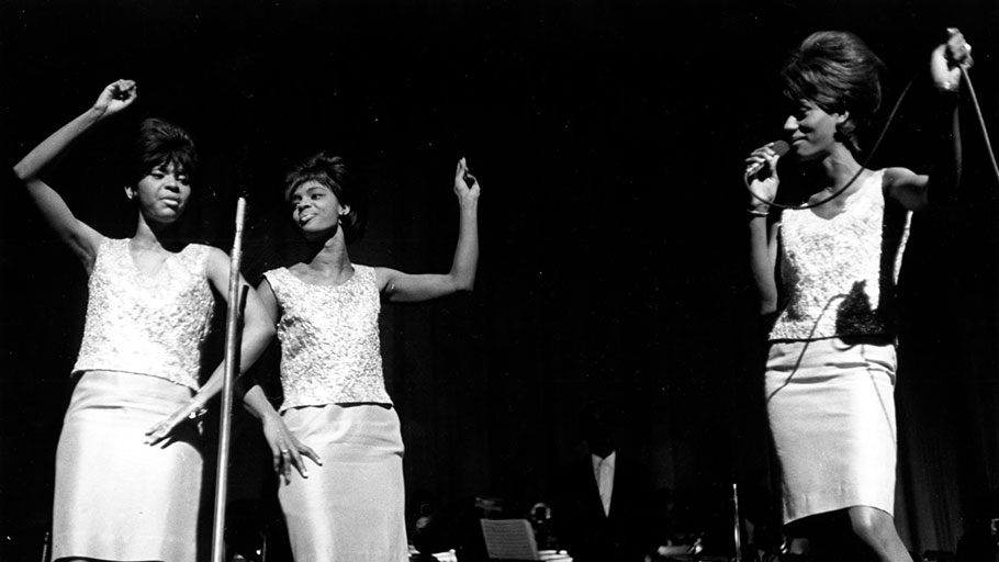 The Velvelettes perform at the Apollo