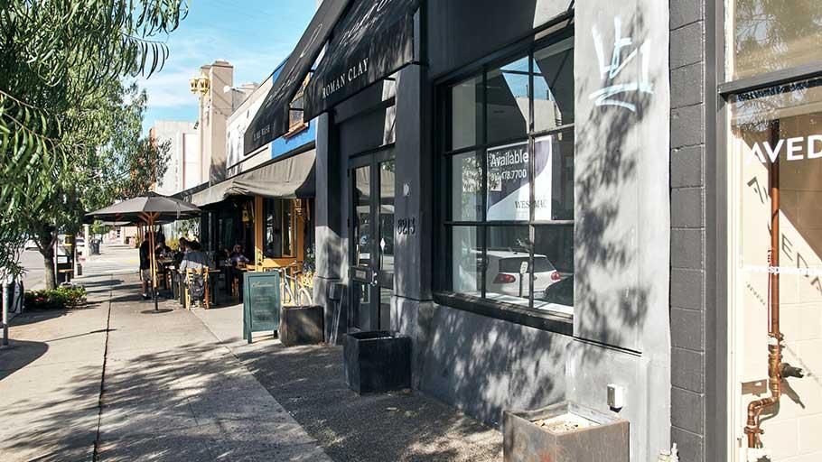 Lanaisha Edwards' storefront