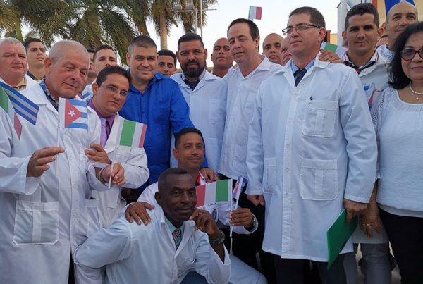 Cuban doctors prepare to leave for Italy to provide medical aid.