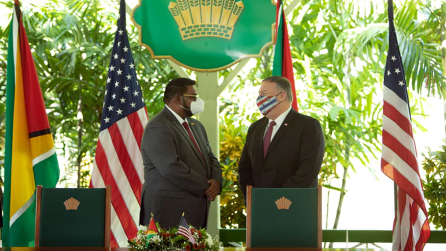President of Guyana Dr Irfaan Ali (L) and US Secretary of State Mike Pompeo at a joint press conference at State House in Georgetown
