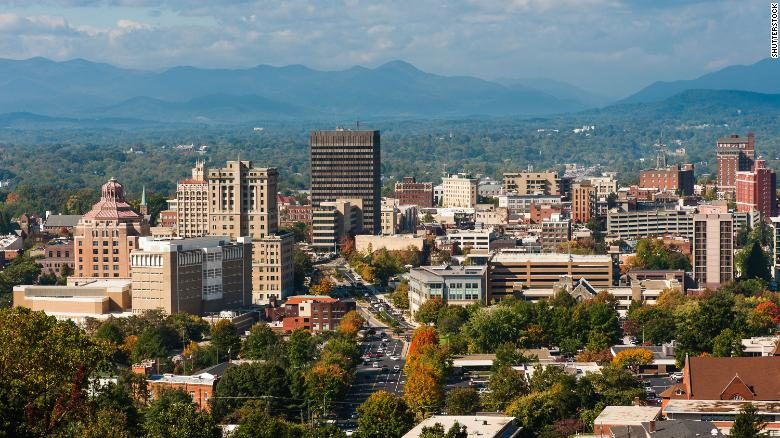 Downtown-Asheville-North-Carolina-910x512