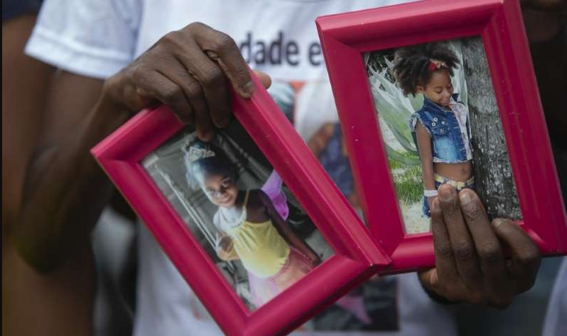 two-brazilian-girls-killed-910x512