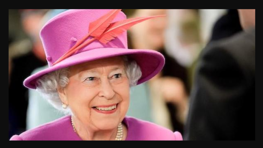 Queen-Elizabeth-royal-family-910x512