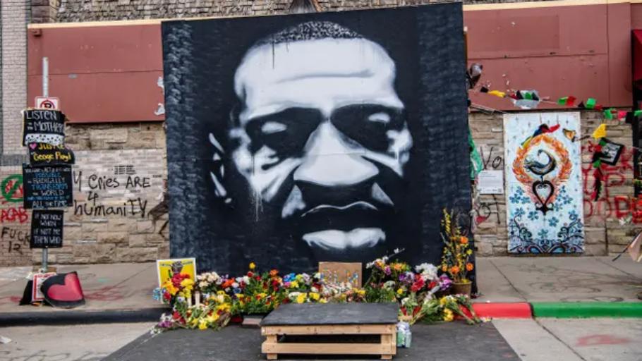george-floyd-street-art-mural-910x512